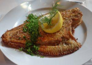 Backfisch mit Zitrone