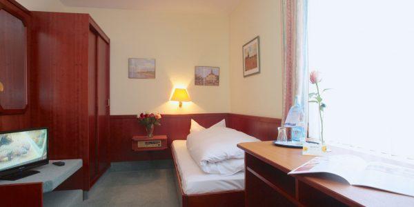 Einzelzimmer Standard im AKZENT Hotel