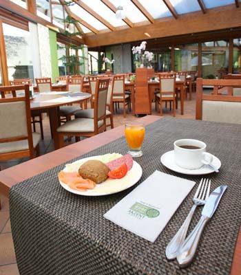 Hotel zur grünen Eiche - Frühstücksbuffet