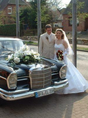 Heiraten mit Hochzeits-Oldtimer im AKZENT Hotel